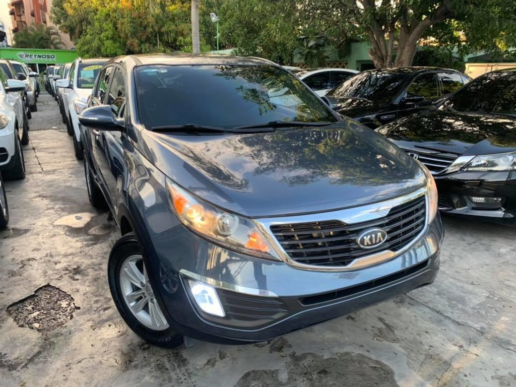 KIA SPORTAGE 2011 VERSION AMERICANA - 1